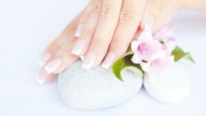 7 tips to make your nail healthy and strong