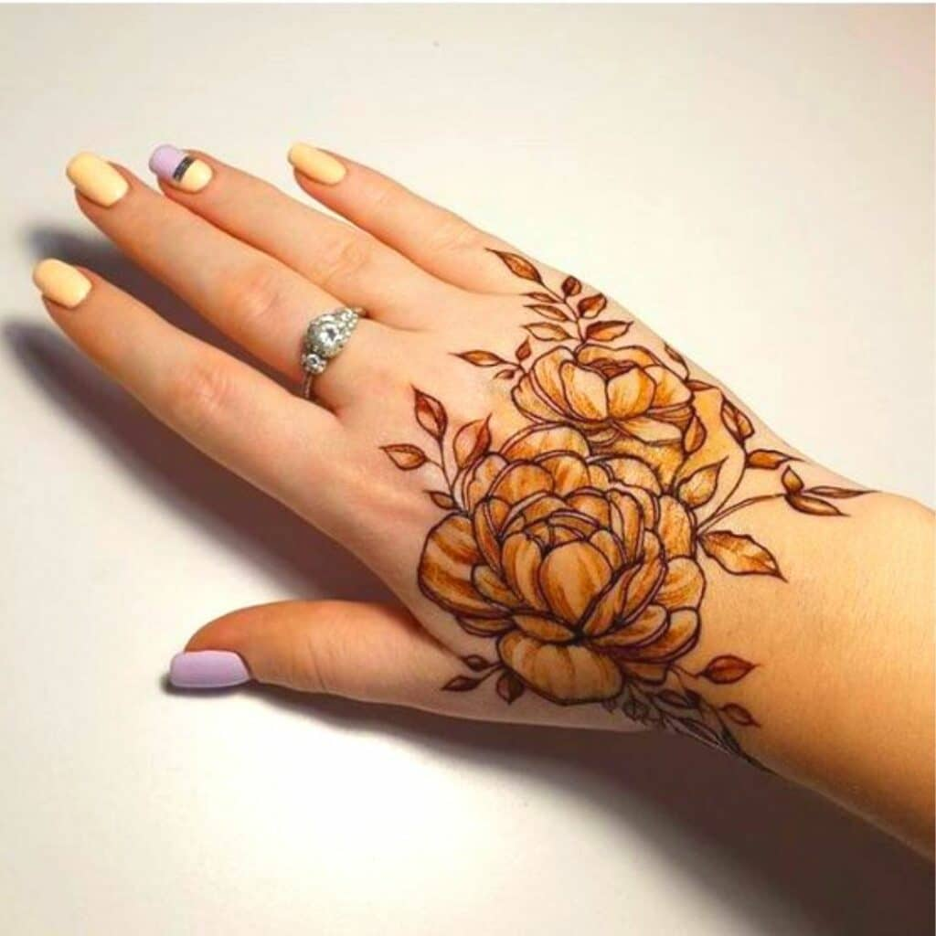 Freestyle Bold Flower Arabic Mehndi Design